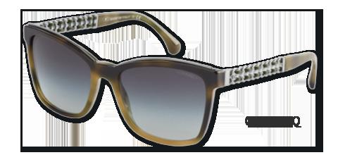 2ddeeabb4bb46f ... een zonnebril uit deze collectie geeft u ongetwijfeld een luxe  uitstraling. De iconische ketting is ditmaal verwerkt in de veer als een  dubbele ketting